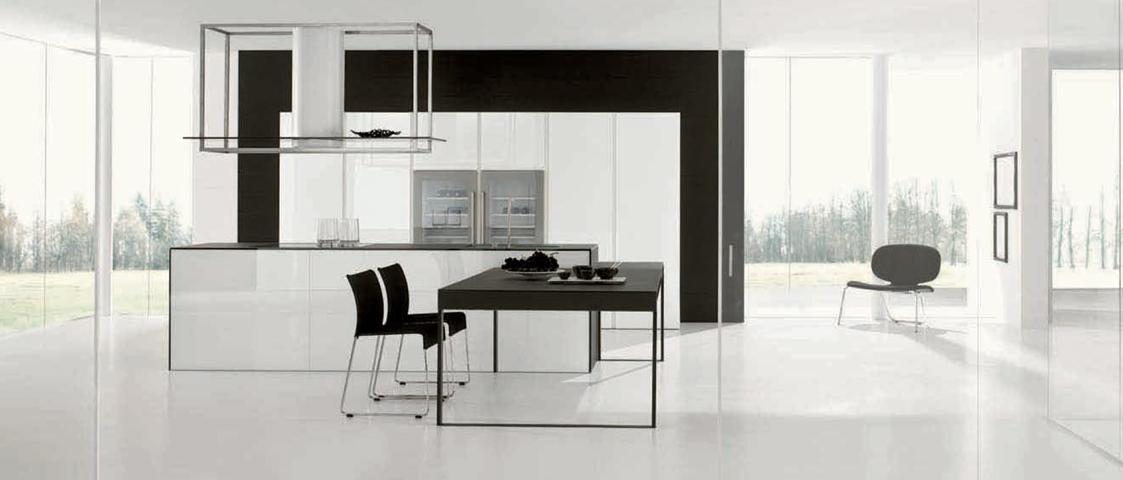 Cucina Twenty Vetro by Modulnova  |  design Andrea Bassanello
